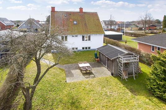 Villa på M Bechs Alle i Hvidovre - Ejendommen