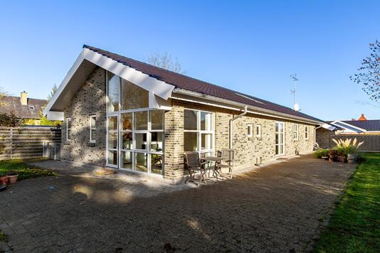 Villa på Aktæons Alle i Hvidovre - Set fra haven