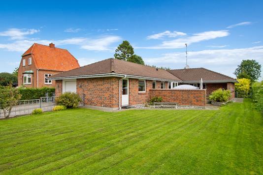Villa på Zeus Boulevard i Hvidovre - Ejendommen