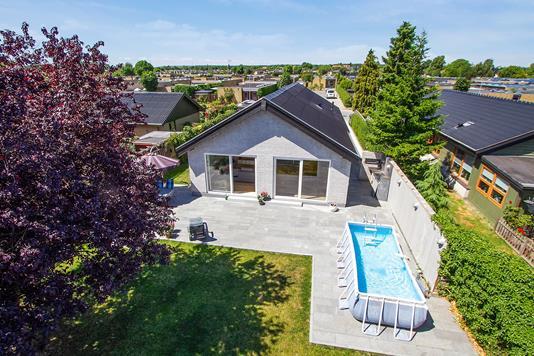 Villa på Klardam i Hvidovre - Set fra haven