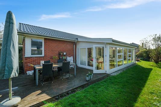 Villa på Strandby Alle i Hvidovre - Ejendommen