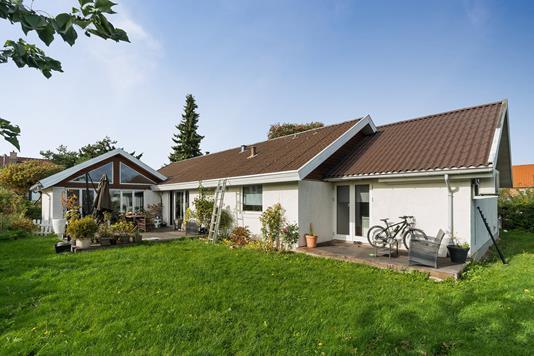 Villa på Ladefyldvej i Hvidovre - Ejendommen