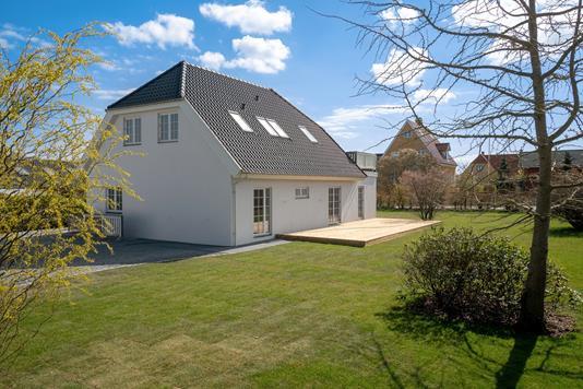Villa på Ejby Alle i Hvidovre - Ejendommen