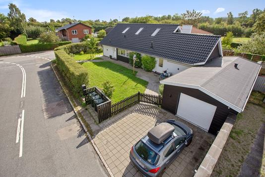 Villa på Mågevej i Hvidovre - Set fra vejen