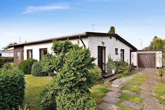 Villa på Sjølundvej i Hvidovre - Set fra vejen