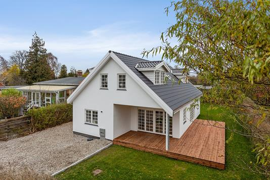 Villa på Bjergagervej i Hvidovre - Set fra vejen