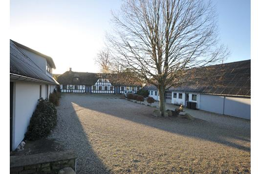 Villa på Assedrupvej i Odder - Ejendommen