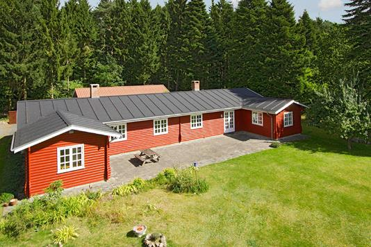 Villa på Sondrupvej i Hundslund - Ejendommen