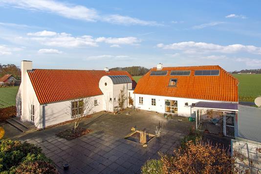 Villa på Horskærvej i Odder - Ejendommen