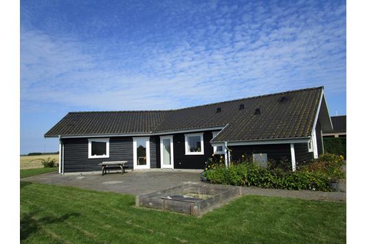 Villa på Lystgårdsparken i Odder - ejendommen