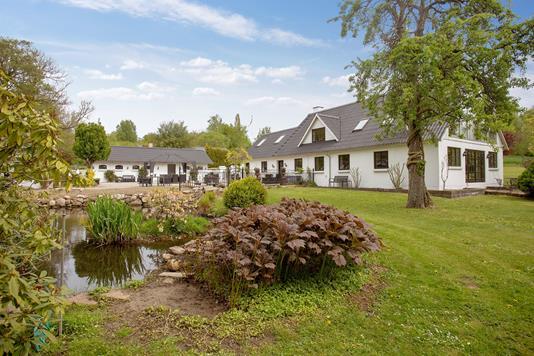 Landejendom på Vads Møllevej i Hundslund - Set fra haven