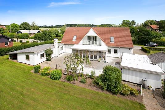 Villa på Balshavevej i Odder - Set fra haven
