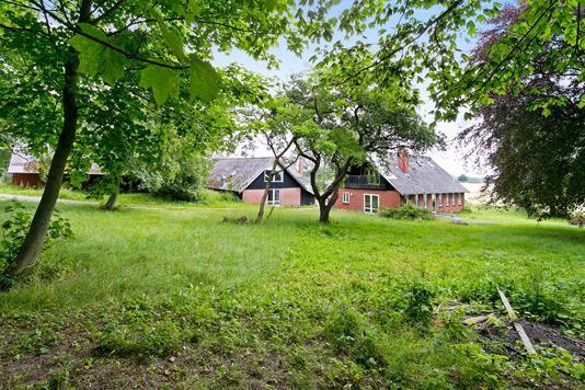 Villa på Husrækken i Hundslund - Ejendommen