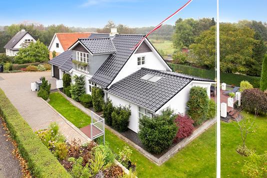 Villa på Århusvej i Odder - Ejendommen