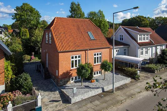 Villa på Asylgade i Odder - Ejendommen