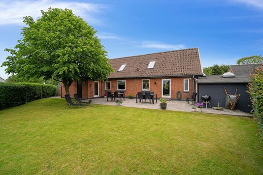 Villa på Landevejen i Hundslund - Set fra haven