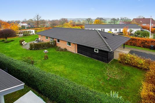 Villa på Gartnervænget i Odder - Set fra haven