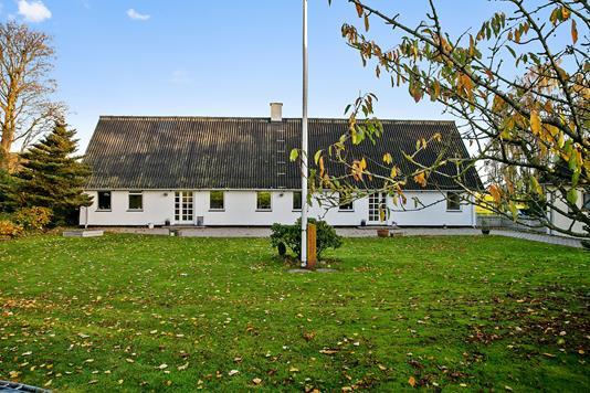 Villa på Aakjærvej i Odder - Set fra haven