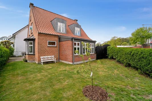 Villa på Aabygade i Odder - Set fra haven