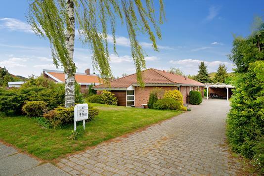 Villa på Vesterled i Odder - Set fra vejen