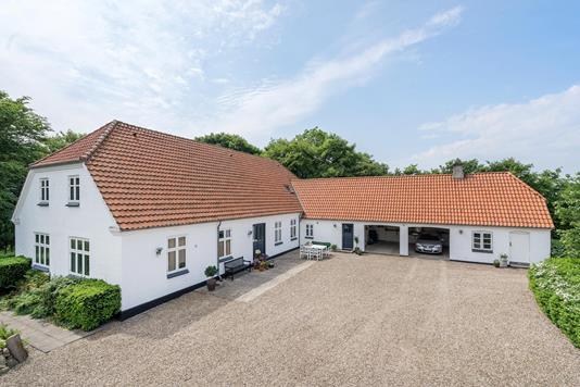 Villa på Holstebrovej i Skjern - Ejendommen