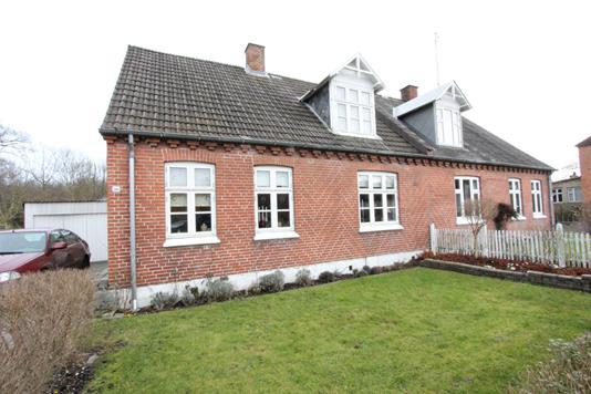 Villa på Kraghave Gaabensevej i Nykøbing F - Ejendommen