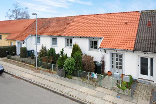 Villa på Nørrevænget i Nykøbing F - Ejendommen