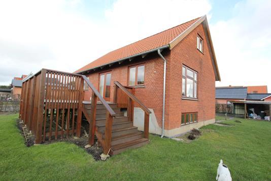 Villa på Hamborgskovvej i Nykøbing F - Ejendommen