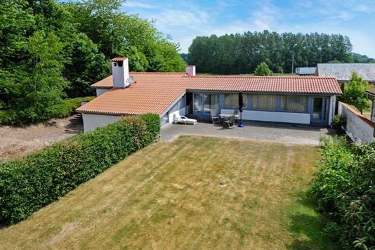 Villa på Viborgvej i Nykøbing F - Ejendommen