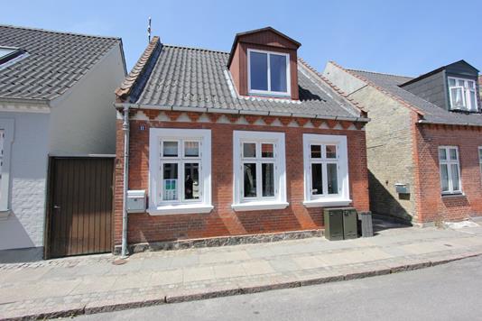 Villa på Ryesgade i Nykøbing F - Ejendommen