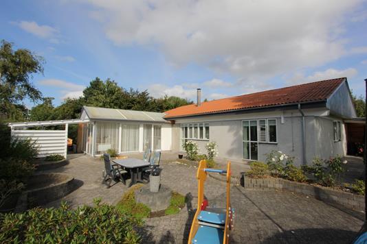Villa på Slejpnersvej i Væggerløse - Ejendommen