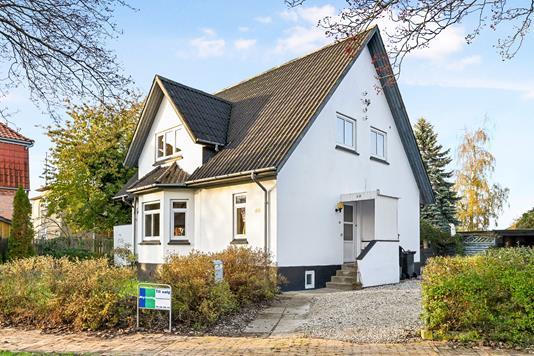 Villa på Østre Alle i Nykøbing F - Ejendom 1