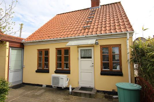 Villa på Nykøbingvej i Stubbekøbing - Ejendommen