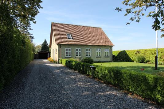 Villa på Tåstrupvej i Idestrup - Ejendommen