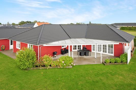 Villa på Guldnældevænget i Nykøbing F - Ejendommen