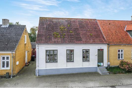Villa på Møllegade i Stubbekøbing - Ejendommen