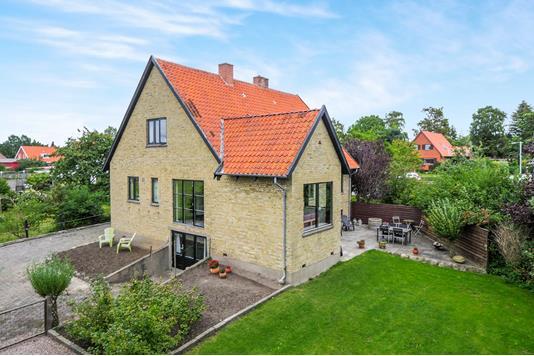 Villa på Rosenvænget i Sakskøbing - Ejendommen
