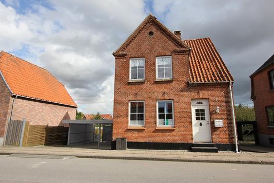 Villa på Classensgade i Nykøbing F - Ejendommen