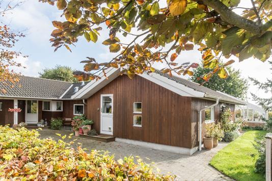 Villa på Højstedgårdvænget i Idestrup - Ejendommen
