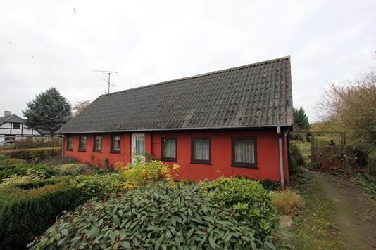 Villa på Aastrupvej i Stubbekøbing - Ejendommen