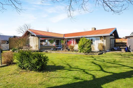Villa på Erbovænget i Nykøbing F - Ejendommen