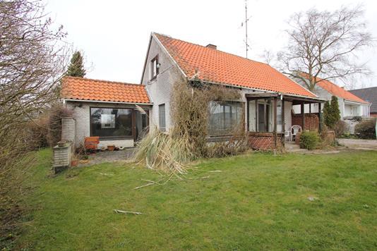 Villa på Kirkevej i Idestrup - Ejendommen