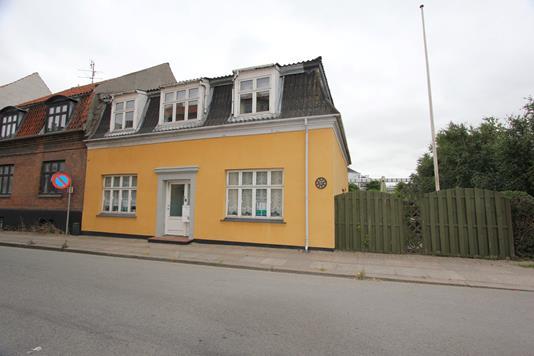 Villa på Markedsgade i Nykøbing F - Ejendommen