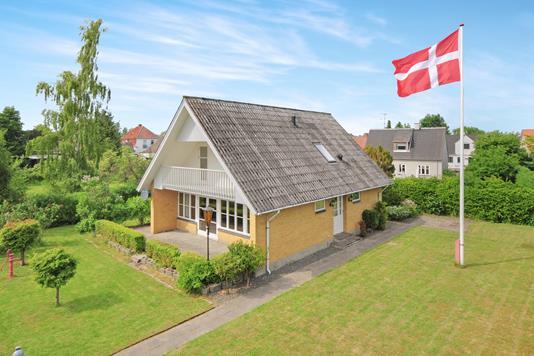 Villa på Elvervej i Eskilstrup - Ejendom 1