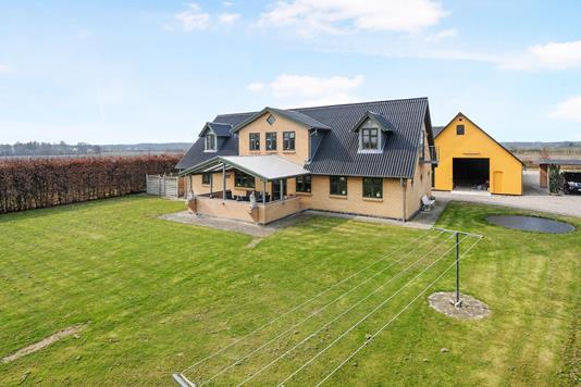 Villa på Ebbe Alle i Toreby L - Ejendom 1