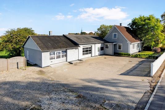 Villa på Nykøbingvej i Sakskøbing - Ejendom 1