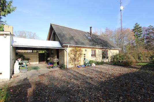 Villa på Stovbyvej i Idestrup - Ejendommen