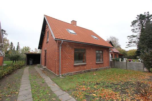 Villa på Nykøbingvej i Sakskøbing - Ejendommen