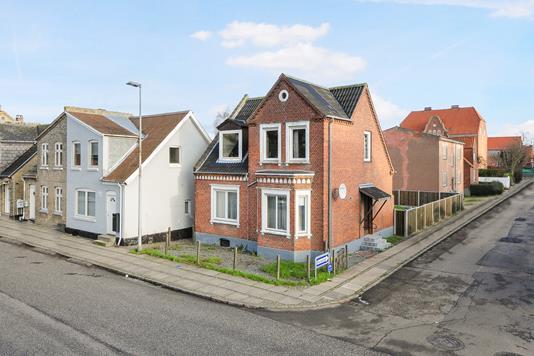 Villa på Fr. VII's Gade i Nykøbing F - Ejendom 1