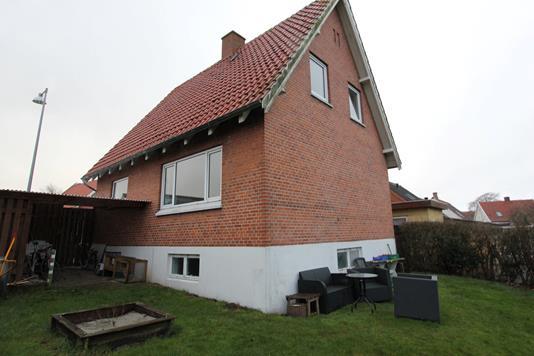 Villa på Alslevvej i Stubbekøbing - Ejendommen